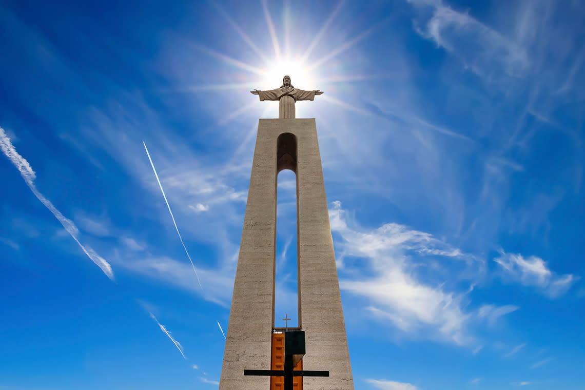 10 bức tượng Ðức Kitô đẹp nhất thế giới