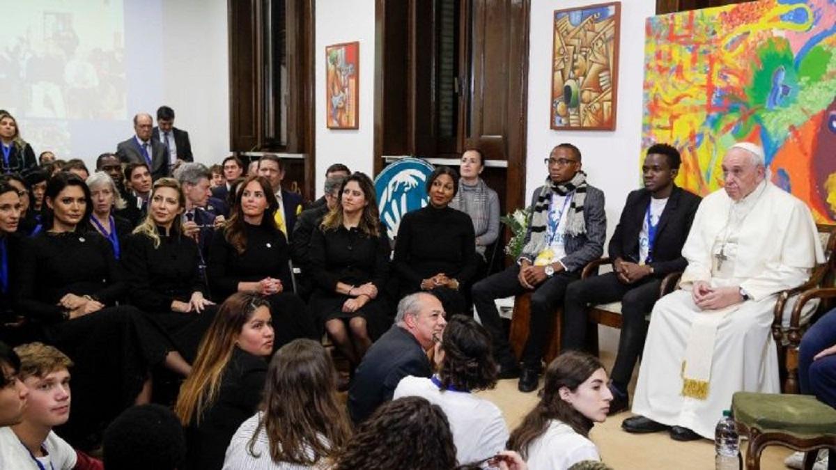 ĐTC Phanxicô mời gọi người trẻ đoàn kết, cùng nhau vượt qua khủng hoảng