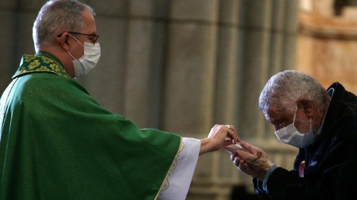 Số linh mục Brazil bị nhiễm và qua đời vì Covid-19 gia tăng