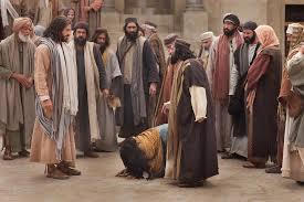 Đứng dậy và đừng phạm tội nữa