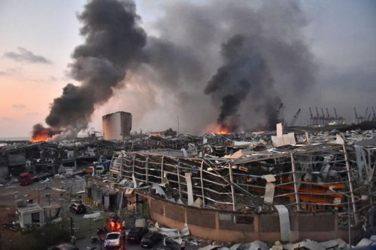 Vụ nổ ở Beirut: Bức tường nhà thờ sụp đổ trên một linh mục đang dâng thánh lễ