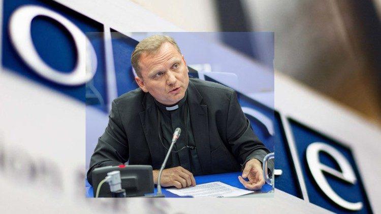 Tòa Thánh kêu gọi sự tham gia bình đẳng giữa nam nữ trong truyền thông