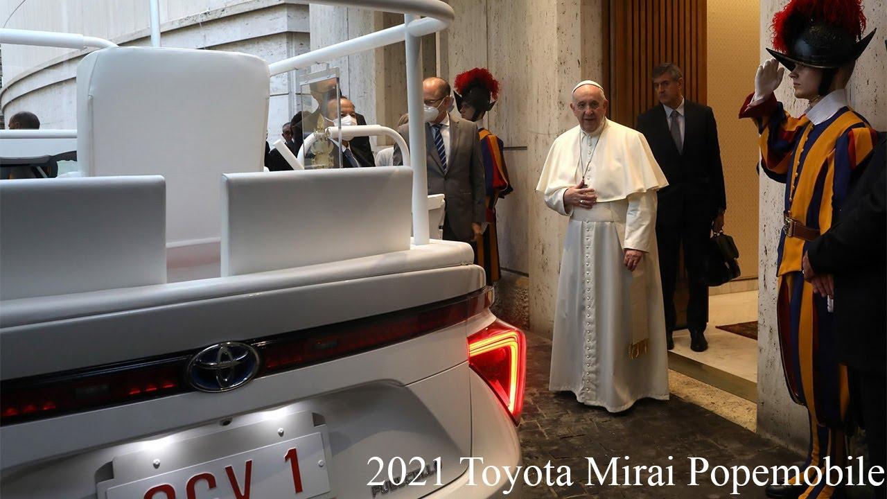 Đức Phanxicô nhận chiếc xe giáo hoàng hyđrô