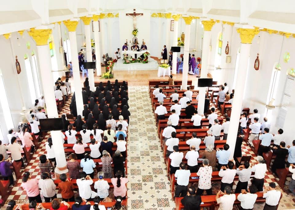 Lễ giỗ cầu cho Cha Phêrô Trần Tấn Nghĩa tại Dòng Kitô Vua