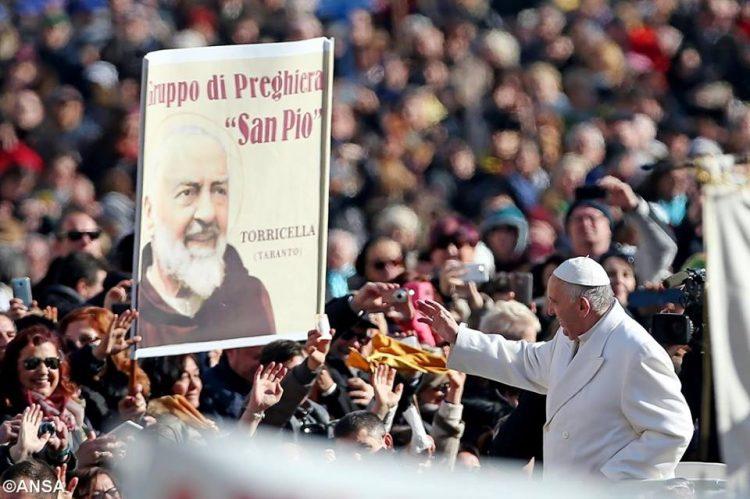 Cha Thánh Piô và các giáo hoàng