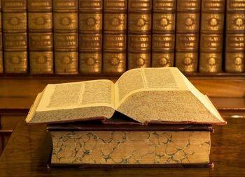 10 kỷ lục thế giới liên quan đến sách