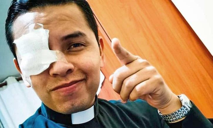 Cha Emmanuelle Ramos, vị linh mục bị ung thư mắt: đôi mắt đức tin