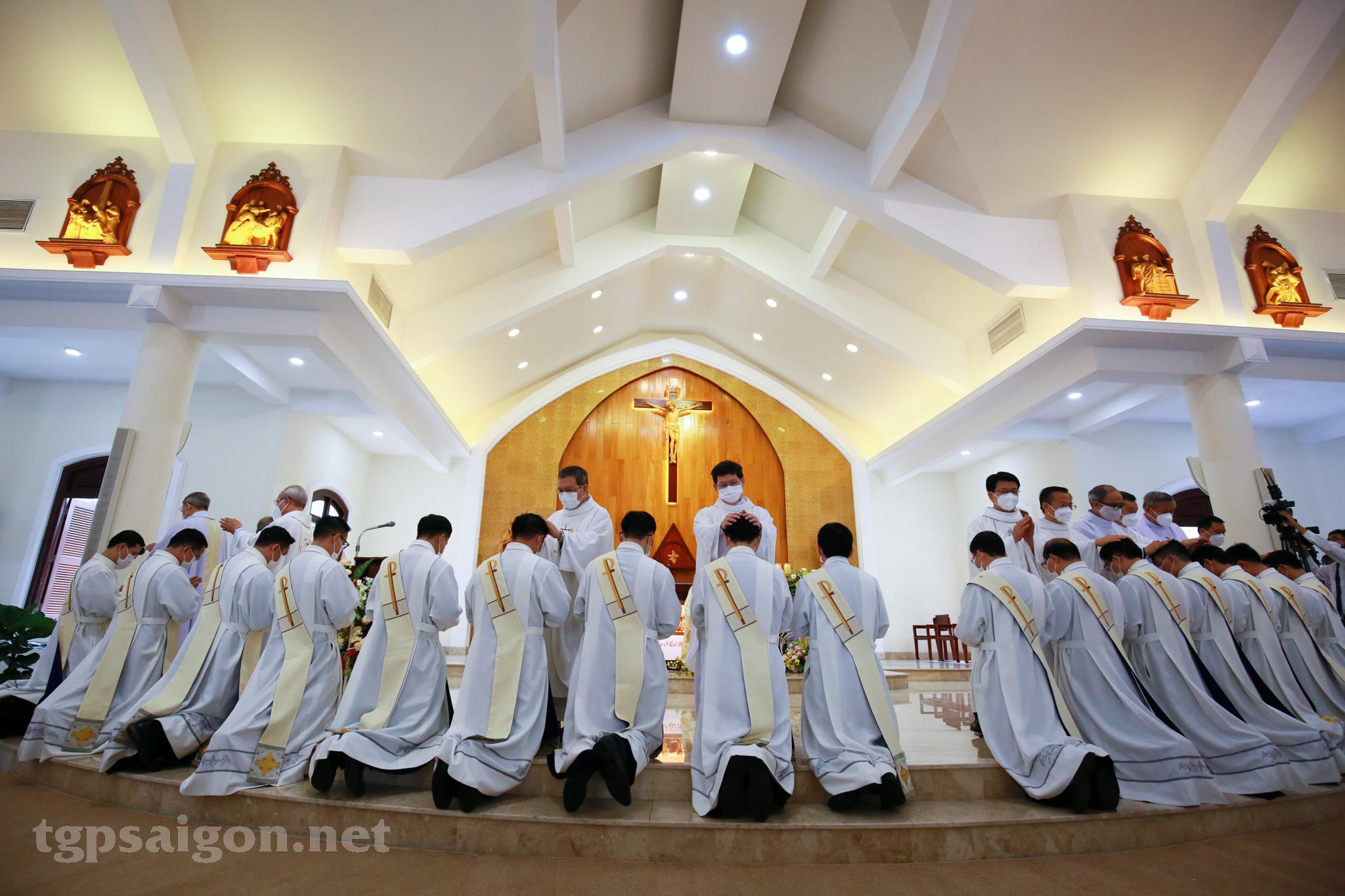 TGP Sài Gòn: Thánh lễ Truyền chức Linh mục ngày 16-10-2021