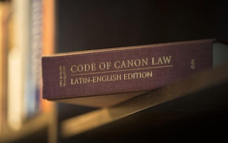 Vatican xuất bản tài liệu Magnum Principium cho phép các hội đồng giám mục điều chỉnh nhiều hơn các bản dịch phụng vụ