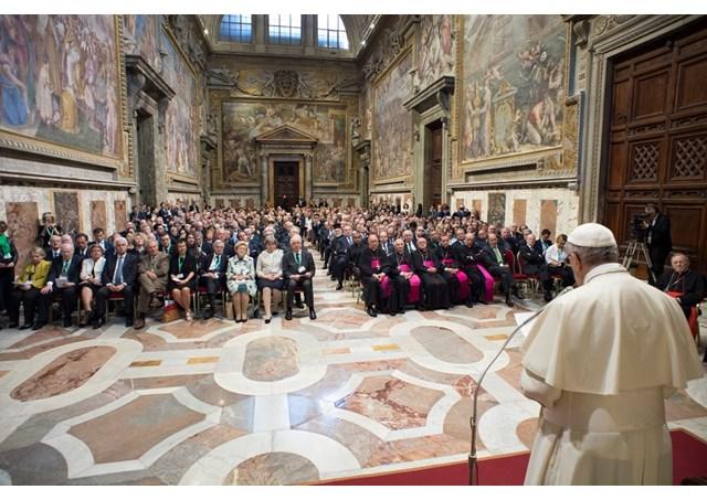 Đức Thánh Cha tiếp kiến 500 doanh nhân và học giả