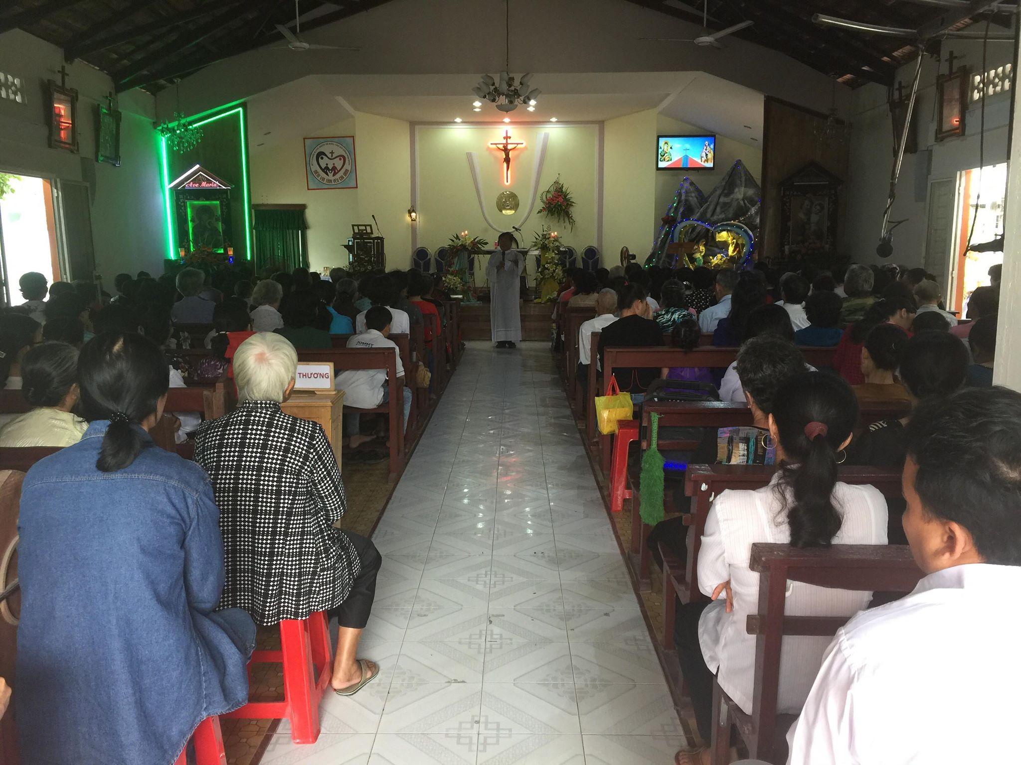 Họ đạo Mỹ Thuận : Hành hương kính Đức Mẹ cuối tháng 12