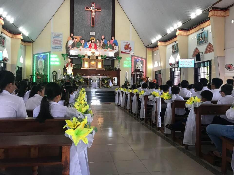 Thánh Lễ mừng 18 năm chịu chức Linh Mục của Cha Sở Bình Đại