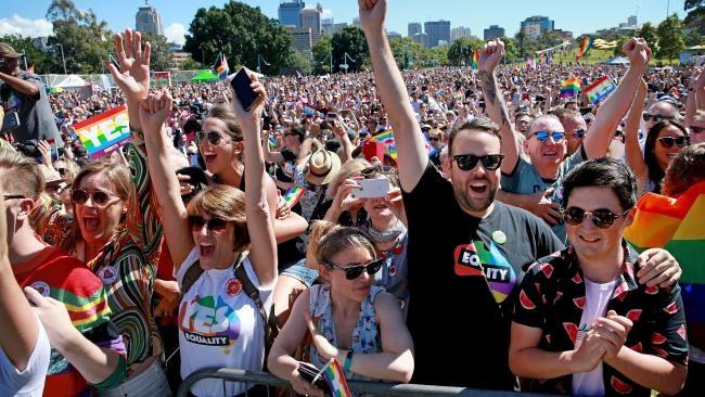 Chung quanh việc hợp pháp hóa hôn nhân đồng tính ở Úc