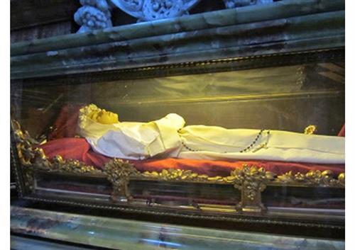 5 vị thánh qua đời khi còn đang tuổi thiếu nhi