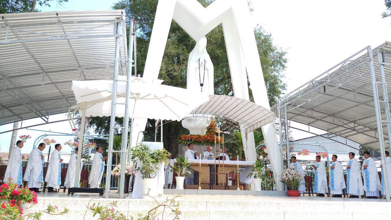TT Hành hương Fatima : Hành hương kính Mẹ 13 tháng 3