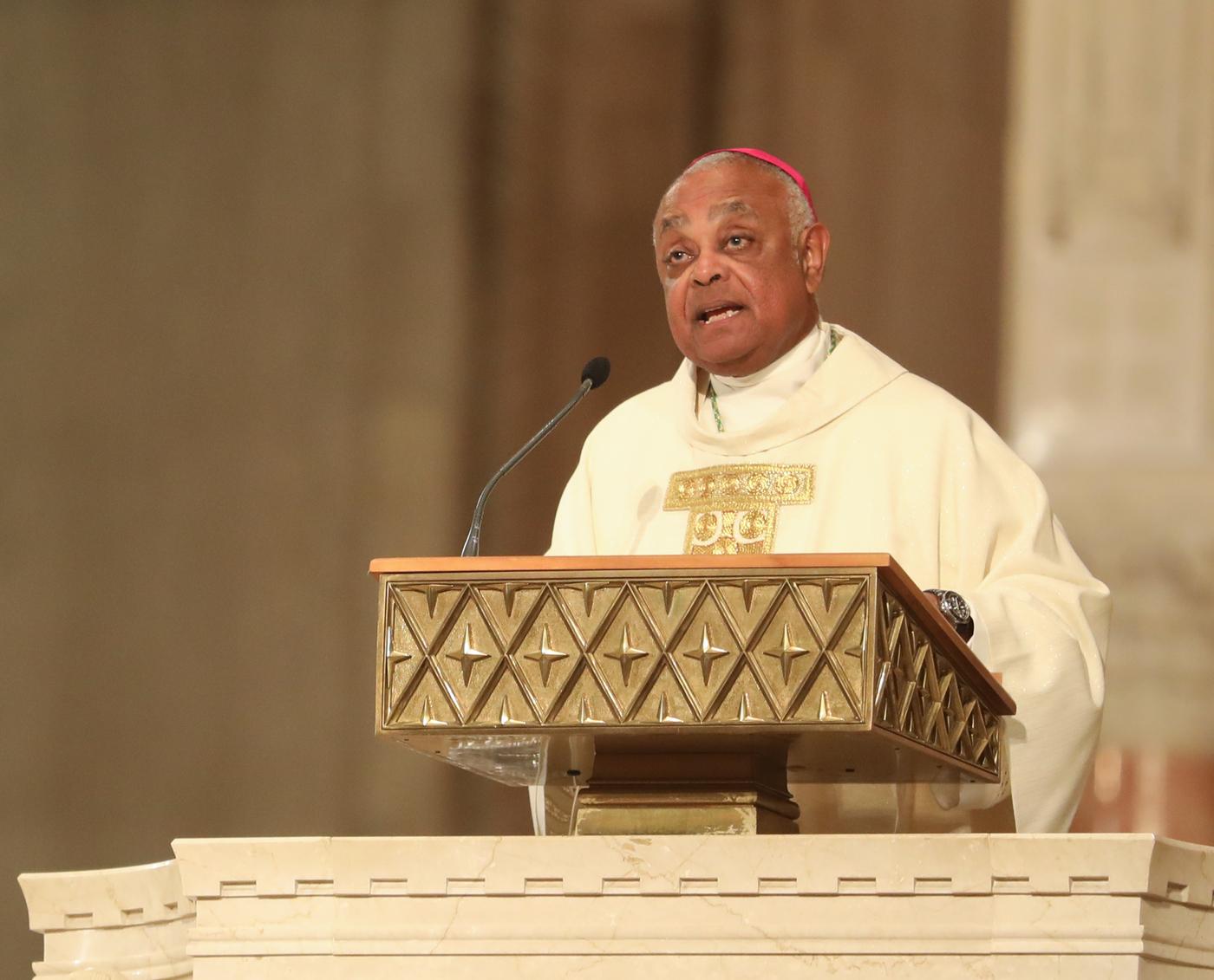 Bài giảng xuất sắc và cảm động của vị Tổng Giám Mục da đen đầu tiên mang đến hy vọng cho thủ đô Hoa Kỳ