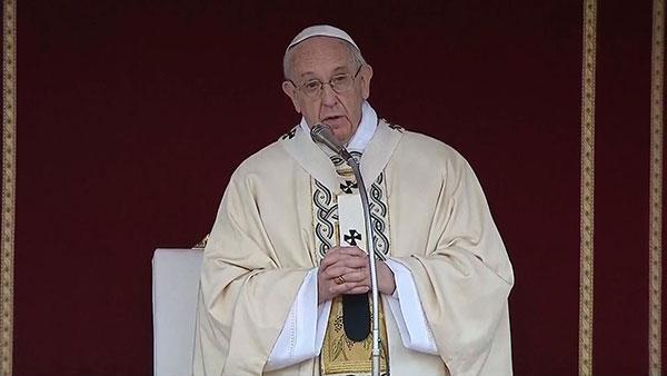 Bài giảng cảm động của Đức Thánh Cha trong thánh lễ Phục Sinh 2017