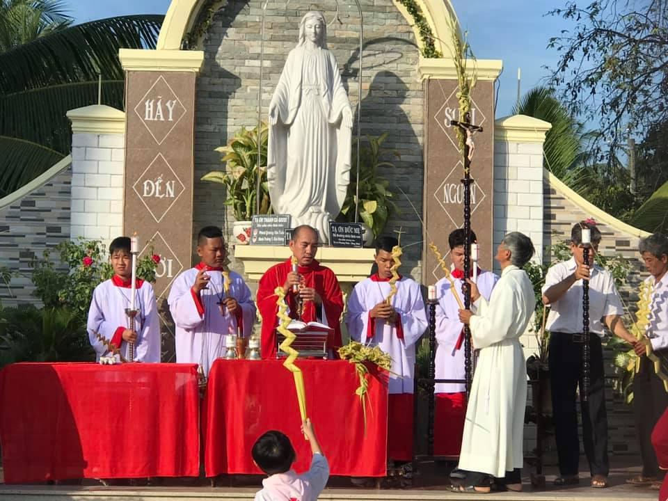 Họ đạo Cái Nứa : Bước vào Tuần Thánh
