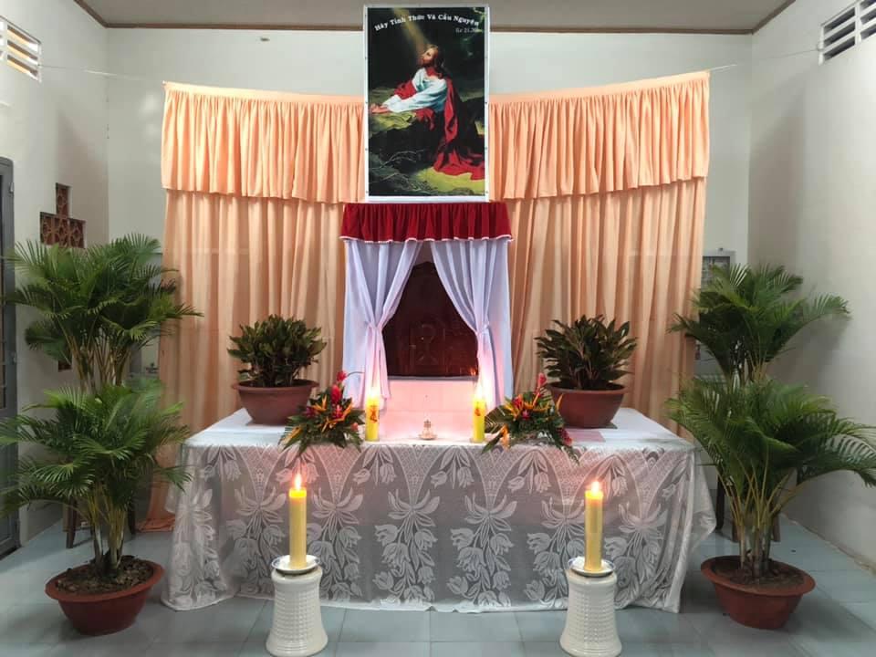 Họ đạo Nhân Nghĩa : Thứ Năm Tuần Thánh