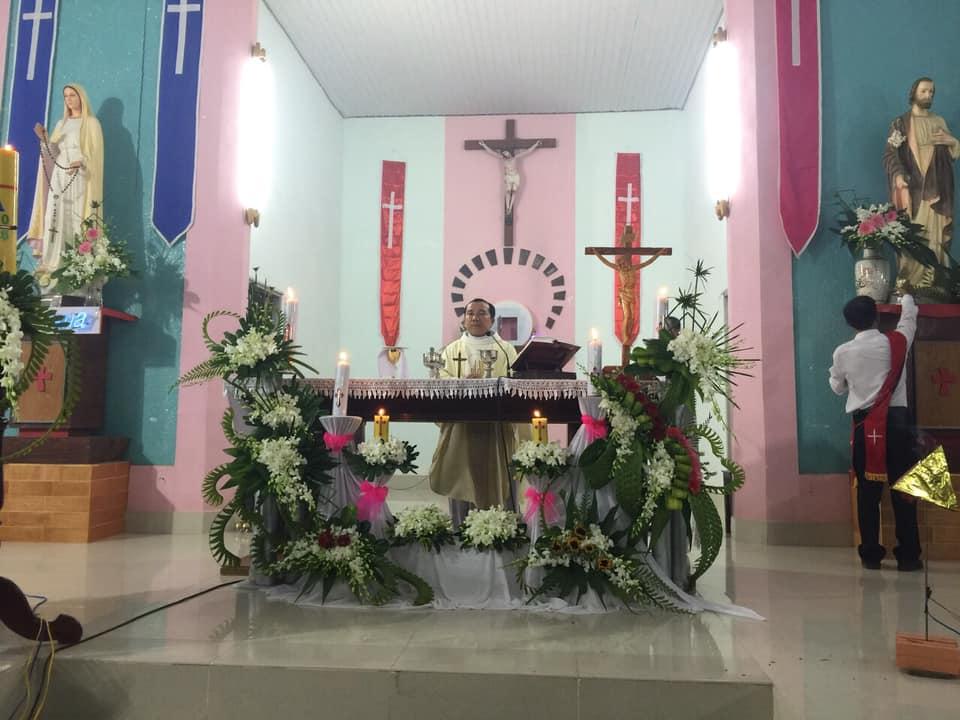 Họ đạo Tiểu Cần : Mừng Chúa Phục Sinh