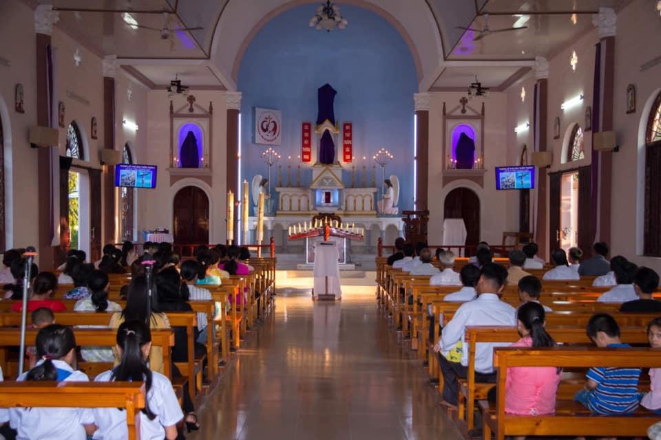 Họ đạo Nhân Nghĩa : Thứ Sáu Tuần Thánh