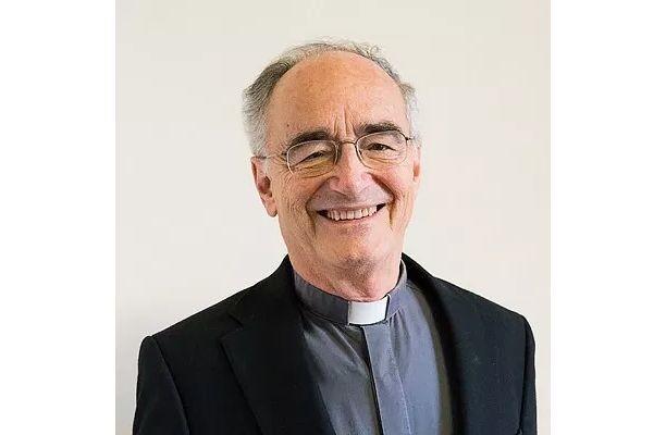 Linh mục Dòng Tên Michael Czerny: Tân hồng y của vùng ngoại vi