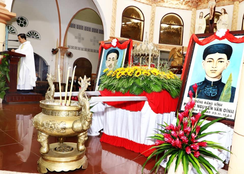 Họ đạo Cái Nhum :  Lễ giỗ hai Đấng đáng kính Luy Phan Văn Ngò và Phêrô Nguyễn Văn Dinh