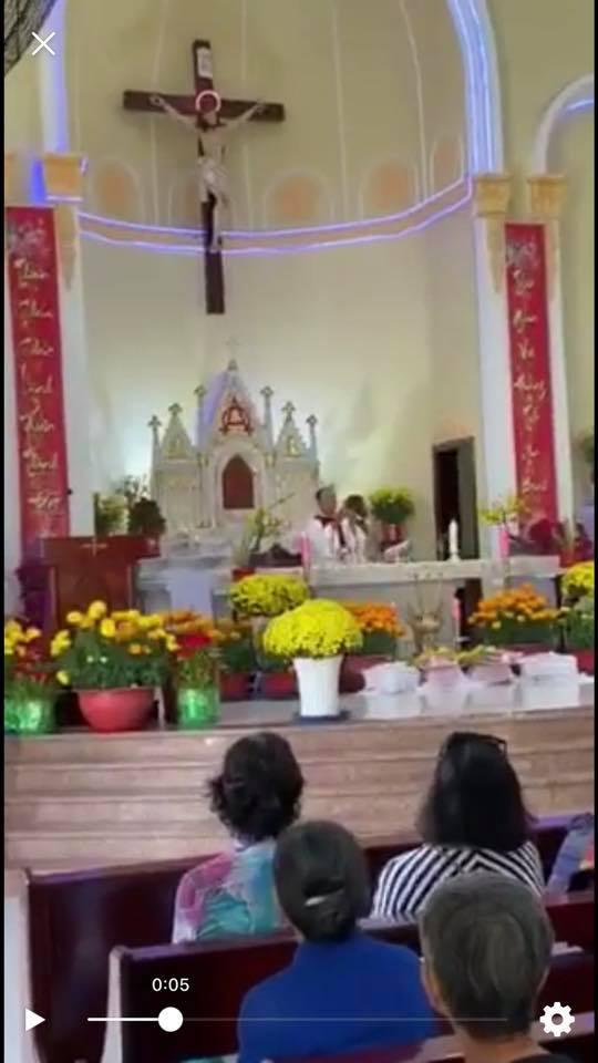 Họ đạo Cái Nứa : Thánh Lễ cầu nguyện cho Tổ Tiên