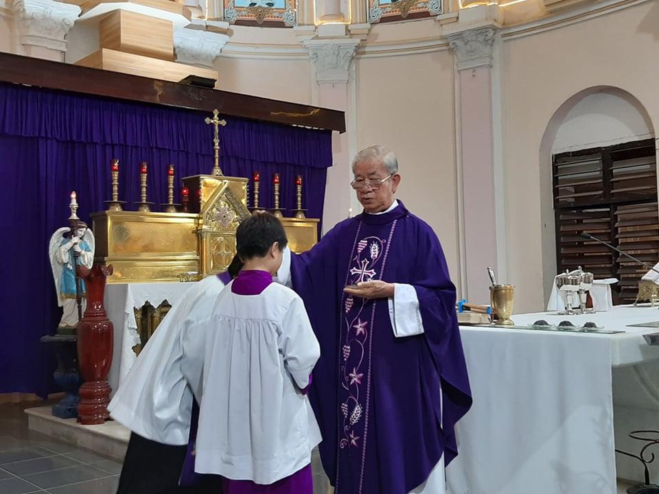 Họ đạo Mặc Bắc : Lễ Tro