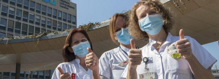 Coronavirus: Ân xá đặc biệt cho nhân viên săn sóc và người bệnh