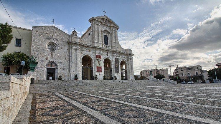 ĐTC Phanxicô gửi thư cho TGP Cagliari nhân dịp 650 năm Đức Mẹ Bonaria