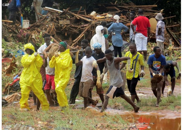 ĐGH Phanxicô cầu nguyện cho nạn nhân bị sạt lở bùn ở Sierra Leone