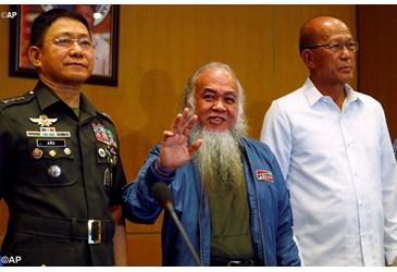 Cha Chito đã được cứu thoát khói tay bọn Hồi Giáo Philippine.