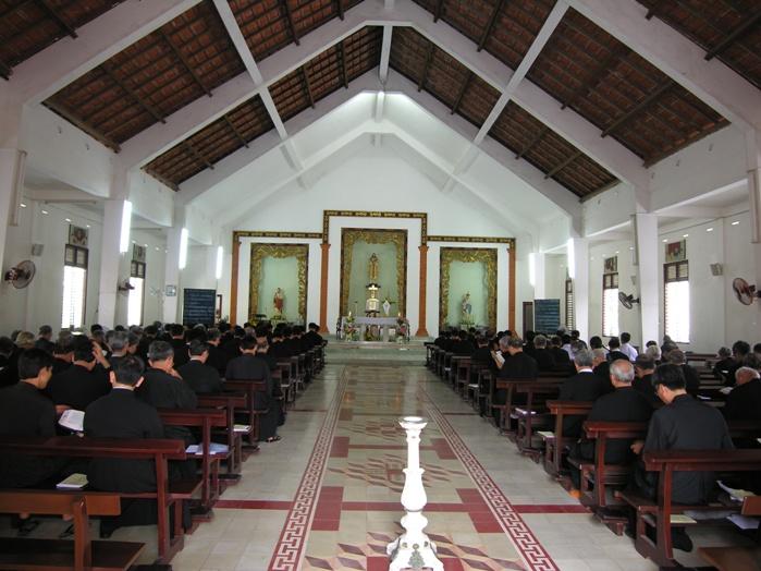 Ban Giáo Sĩ và Chủng Sinh