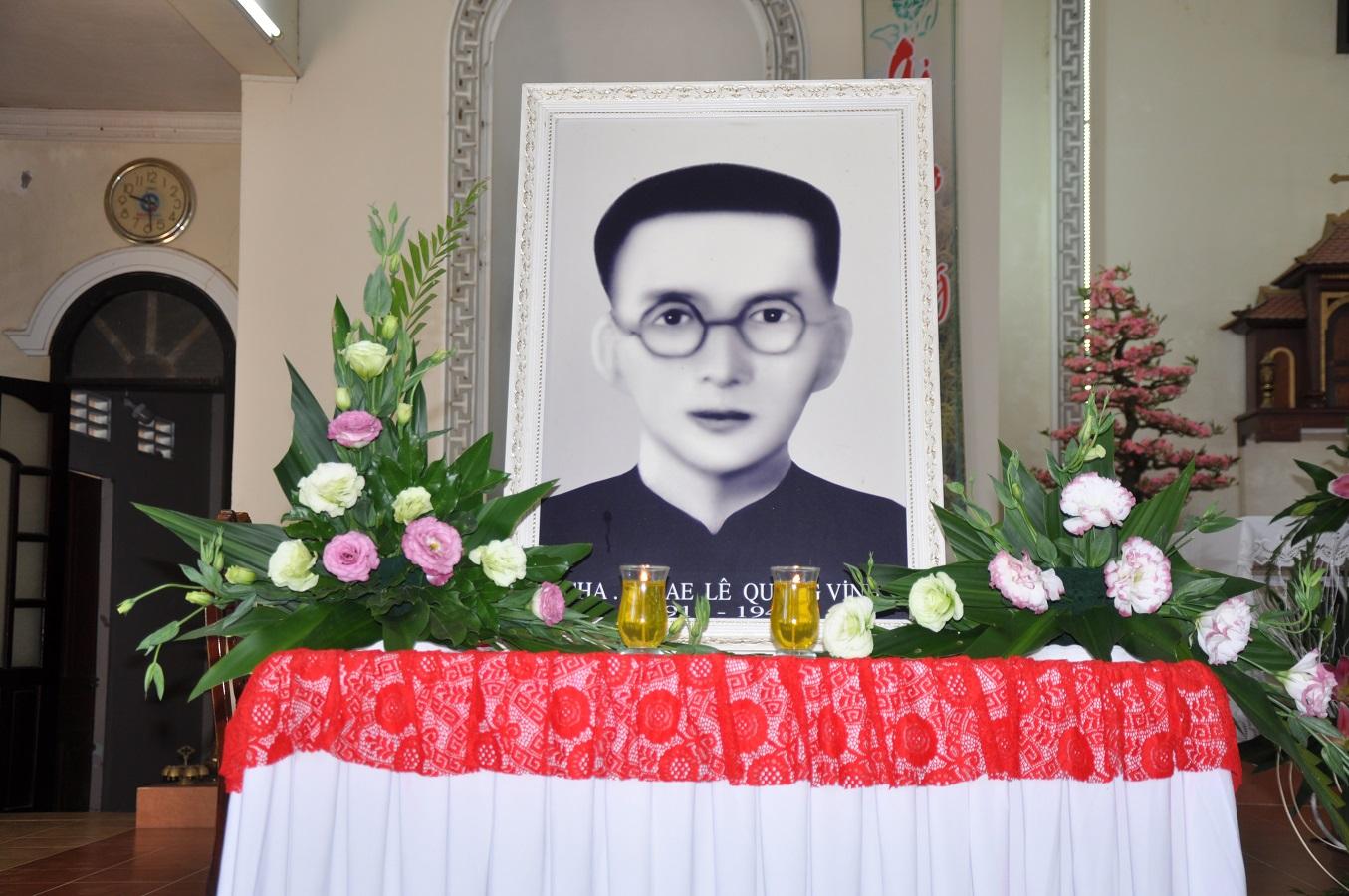 Họ đạo Cái Cá : Thánh Lễ giỗ cầu nguyện cho Cha Cố Micae Lê Quang Vinh