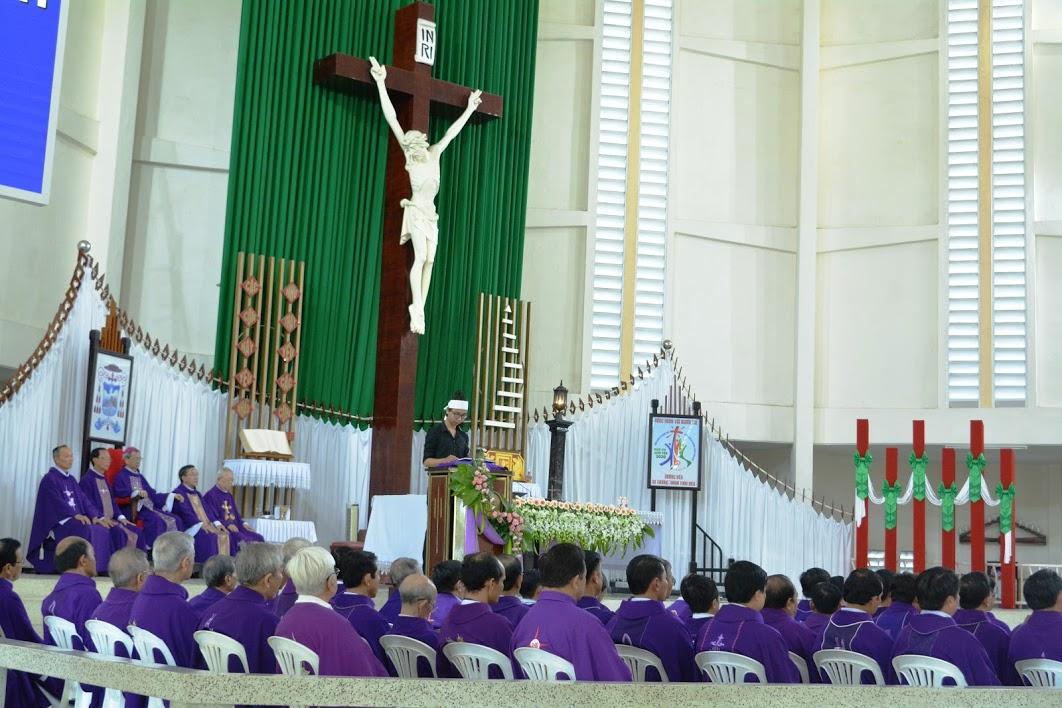 Thánh Lễ an táng cho vị mục tử giàu lòng thương xót