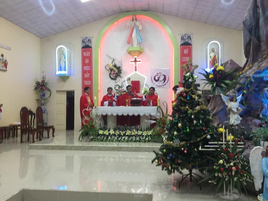 Họ Đạo Mỹ Lồng : Mừng Lễ các Thánh Anh Hài