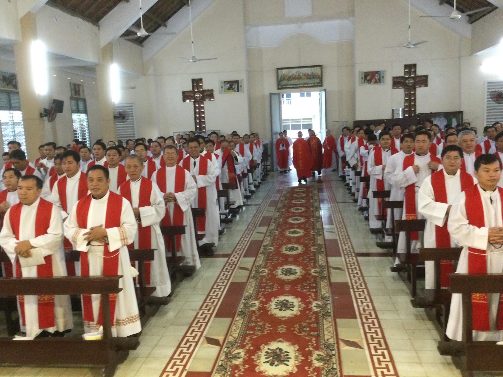 Tĩnh tâm Thường niên Linh mục Giáo phận Vĩnh Long, năm 2020