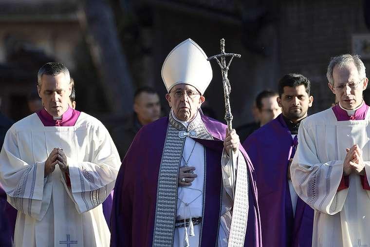 Chương trình mùa Chay và Tuần Thánh của Ðức Giáo Hoàng