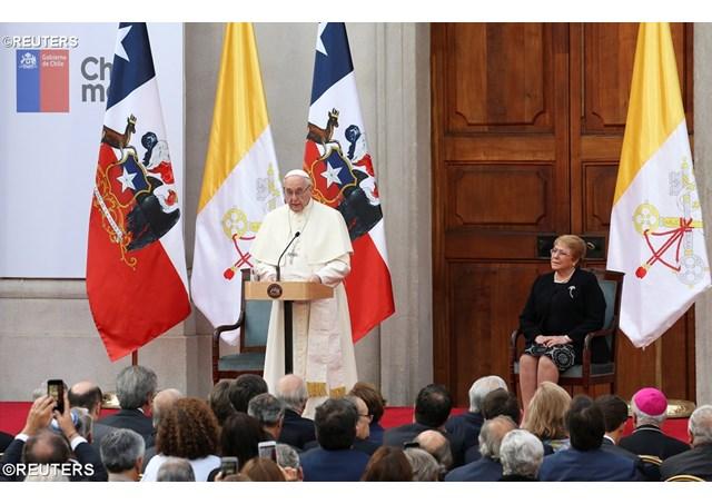 Đức Thánh Cha gặp chính quyền và đoàn ngoại giao ở Chile