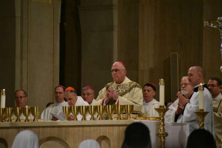 Đức TGM Naumann kêu gọi lòng thương xót trong Thánh Lễ phò sự sống