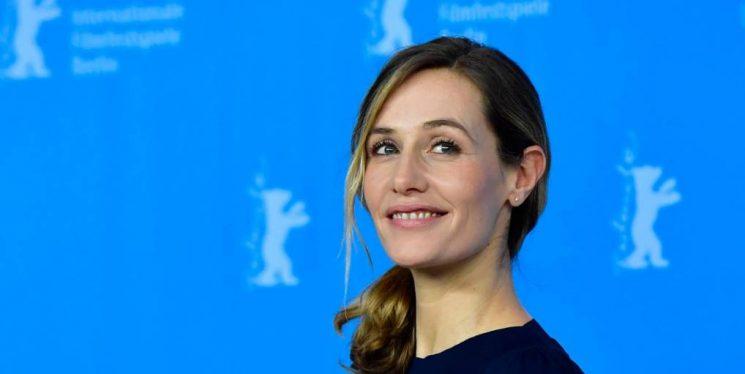 """Cécile de France: """"Tôi cảm thấy bình yên với chính mình"""""""