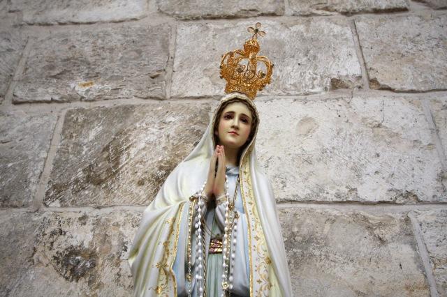 Ba cách để nhận ơn toàn xá kỷ niệm 100 năm Đức Mẹ hiện ra ở Fatima