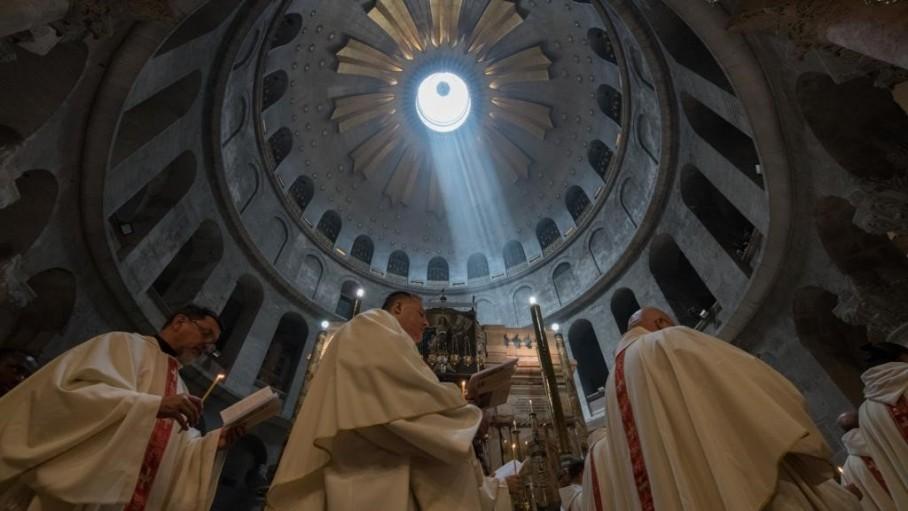 Bề trên dòng Phanxicô tại Thánh địa hy vọng tín hữu hành hương
