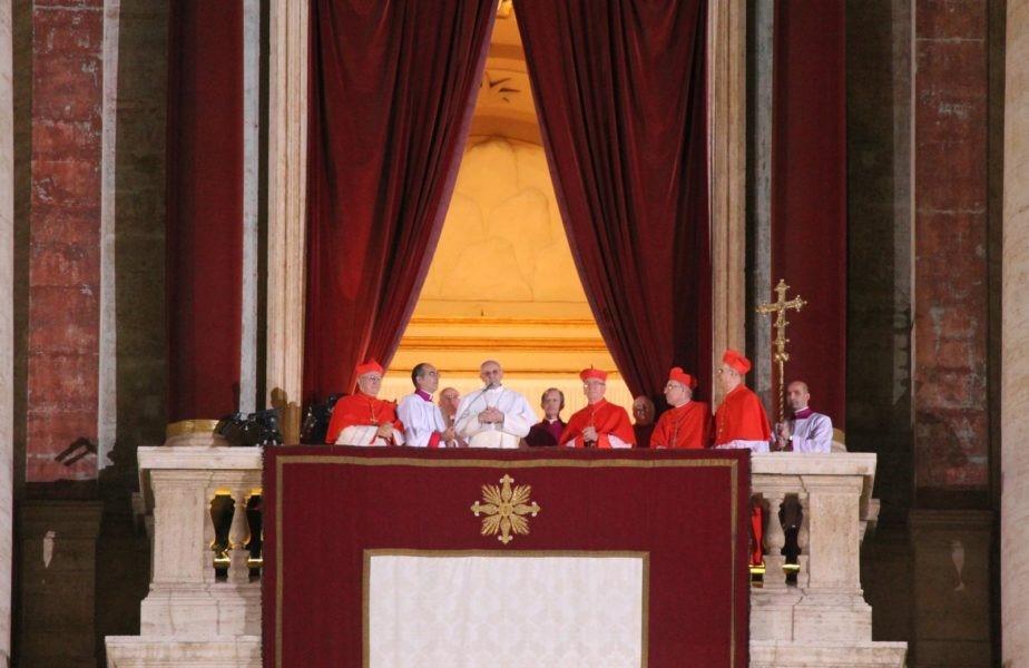 Bên trong việc bầu Đức Giáo Hoàng Phanxicô