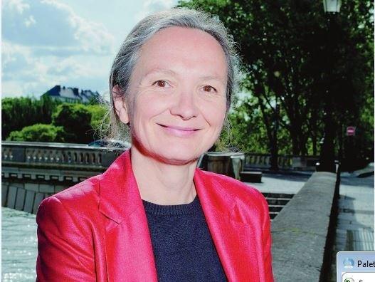Bốn lời khuyên của bà Carine Rabier-Poutous để luôn chú tâm vào Chúa
