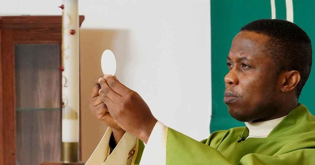 Các diễn giả nói với Đại hội toàn cầu rằng Bí tích Thánh Thể là nguồn vui, sự hiện diện của Chúa