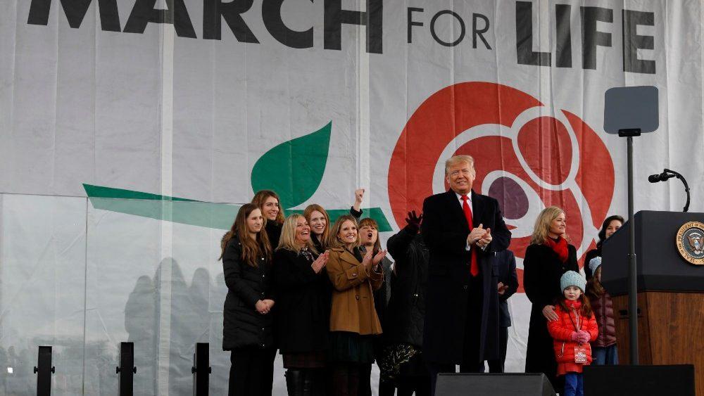 Các Giám mục Hoa Kỳ hoan nghênh quy định mới của tổng thống Trump liên quan đến phá thai