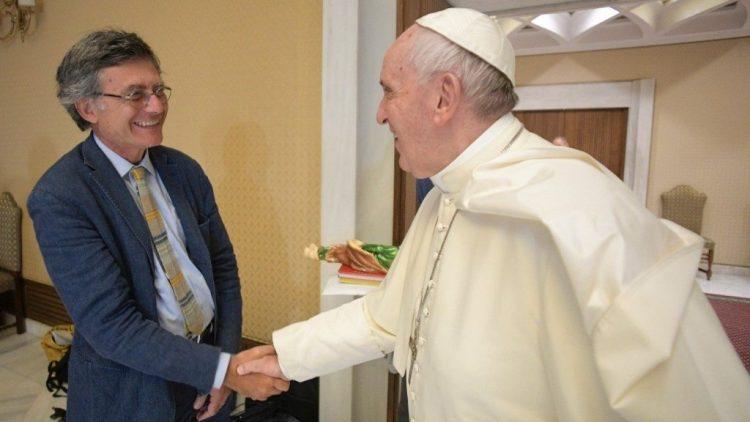Các lý do của việc bổ nhiệm ông Ruffini, giáo dân đầu tiên đứng đầu Bộ Truyền Thông