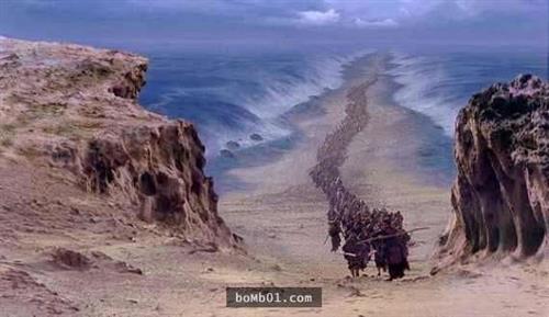 """Các nhà khoa học đã tìm ra bằng chứng thuyết phục về câu chuyện """"Moses chia biển""""."""